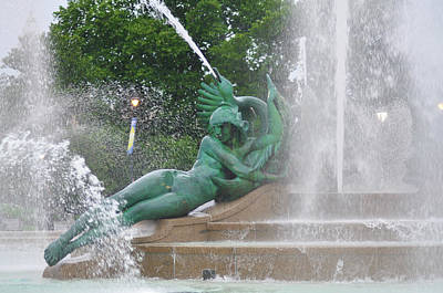 Photograph - Philadelphia - Swann Memorial Fountain - Logan Square by Bill Cannon
