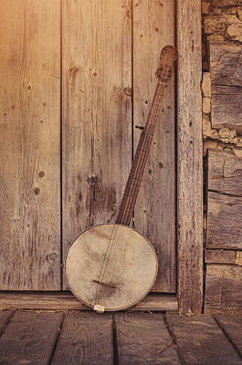 Log Cabin Photograph - Pickin Time by Heather Applegate