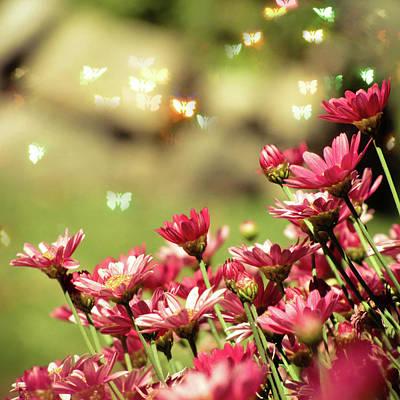 Pink Flower Print by RoxiRosita
