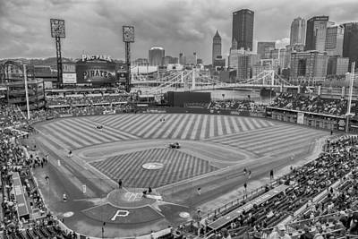 Pittsburgh Pirates 1a Bw Pnc Park Print by David Haskett