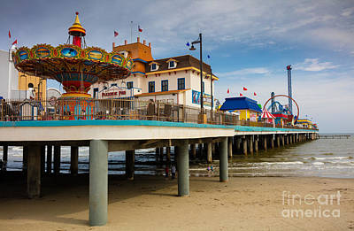 Galveston Photograph - Pleasure Pier by Inge Johnsson