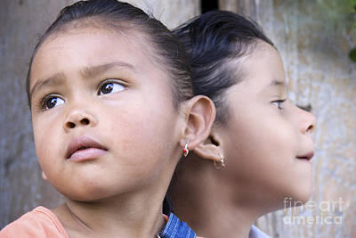 Photograph - Portrait Of Two Panama Girls by Heiko Koehrer-Wagner