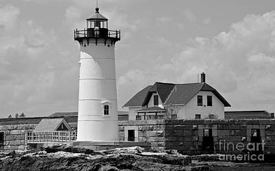 Black_white Photograph - Portsmouth Harbor Lighthouse by Cathy Fitzgerald