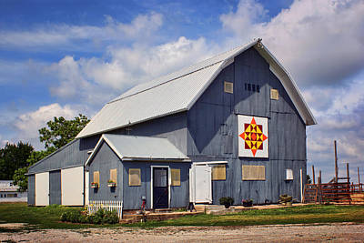 Prairie Sunrise - Quilt Barn - Nebraska Print by Nikolyn McDonald