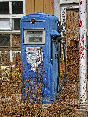Premium Gas Photograph - Premium by Dilectus Rex