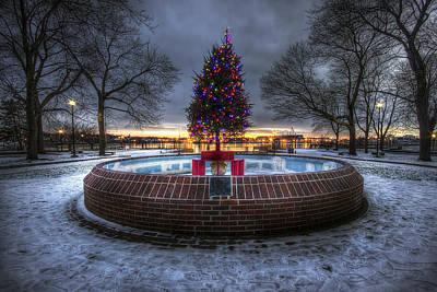 Prescott Park Christmas Tree Print by Eric Gendron