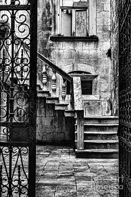 Photograph - Private Courtyard by Andrew Paranavitana