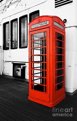 Photograph - Queen Mary Phone Booth by Traci Law