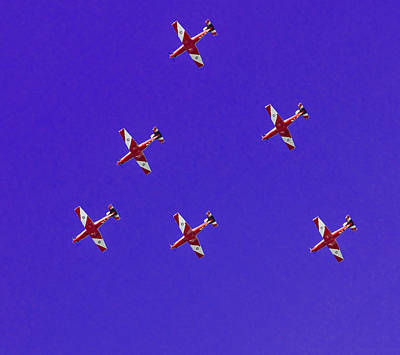 Royal Australian Navy Photograph - Raaf Roulettes Over Sydney by Miroslava Jurcik