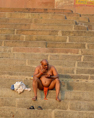 Cremation Ghat Photograph - Ready For Puja by John And Laurel Rodgers