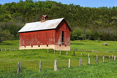 Landscape Photograph - Red Barn With Cupola by Larry Ricker