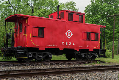 Old Caboose Photograph - Red Caboose C224 New Jersey by Terry DeLuco