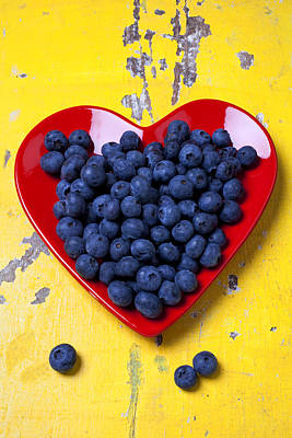 Yellow Photograph - Red Heart Plate With Blueberries by Garry Gay