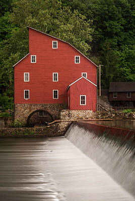 Old Mill Scenes Photograph - Red Mill Clinton New Jersey by Terry DeLuco