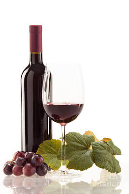 Red Wine In Glass With Fruit Print by Wolfgang Steiner