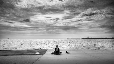 Faceless Photograph - Relax - Chicago, Illinois - Black And White Street Photography by Giuseppe Milo