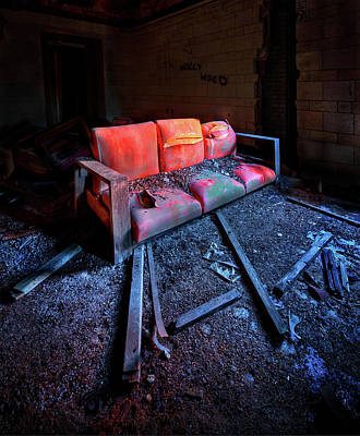 Asylum Photograph - Rest In Pieces by Evelina Kremsdorf