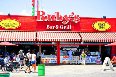 Hamburger Painting - Restaurant On Coney Island 2 by Lanjee Chee