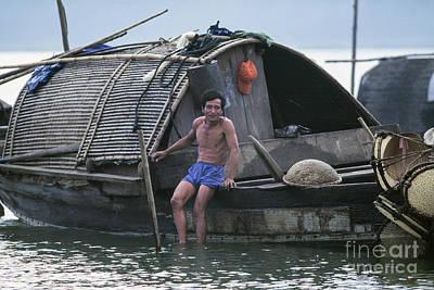 Riverboat Hue Original by Kim Lessel