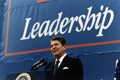 Ronald Reagan. President Reagan Giving Print by Everett