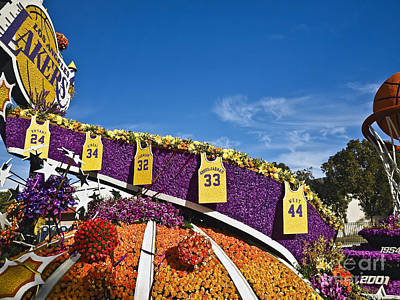 Magic Johnson Photograph - Rose Parade 2016rp037 by Howard Stapleton