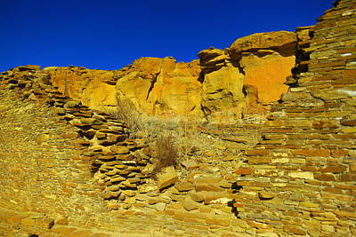 Chaco Canyon Photograph - Ruins And Rock by Jeff Swan