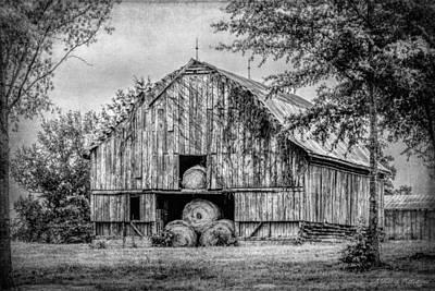 Summerfield Photograph - Rustic Black And White Barn Summerfield North Carolina by Melissa Bittinger