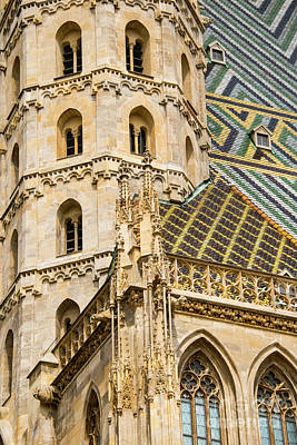 Saint Stephens Facade Two  Print by Bob Phillips