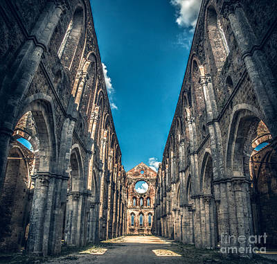 San Galgano Church Ruins In Siena - Tuscany - Italy Print by Luca Lorenzelli