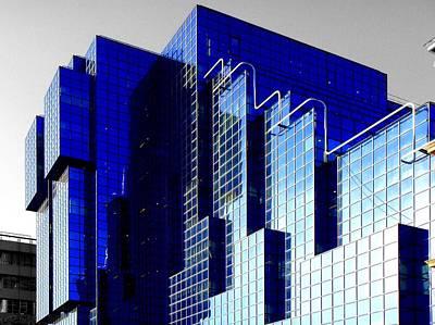 Buildings Photograph - Sapphire by Roberto Alamino