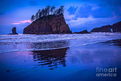 Second Beach In Blue Print by Jamie Pham