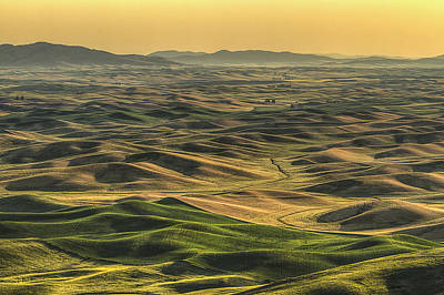 Shades Of The Palouse Print by Mark Kiver