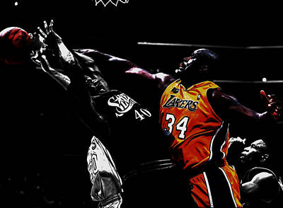Patrick Ewing Mixed Media - Shaq Protecting The Paint by Brian Reaves