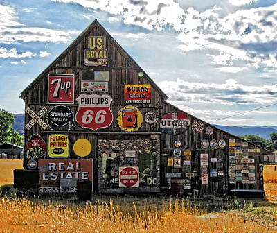 7up Sign Photograph - Signage Barn by Dilectus Rex