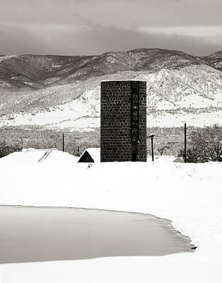 Mountains Photograph - Silo And Silence by Marilyn Hunt