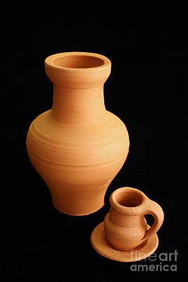 Ceramics Photograph - Small Pottery Items by Gaspar Avila