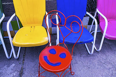 Empty Chairs Photograph - Smile On Chair Seat by Garry Gay