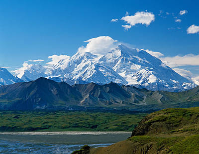 Snow-covered Mount Mckinley, Blue Sky Print by Panoramic Images