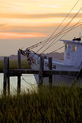 Net Photograph - Southern Shrimp Boat Sunset by Dustin K Ryan