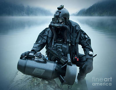 Navy Seals Photograph - Special Operations Forces Combat Diver by Tom Weber