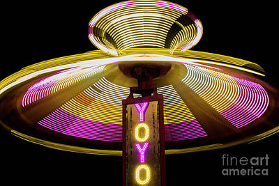 Funfair Photograph - Spinning Yoyo Ride by Juli Scalzi