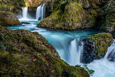White Salmon River Photograph - Spirit Falls Columbia River Gorge by Rick Dunnuck