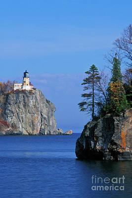 Lichen Photograph - Split Rock Lighthouse - Fs000120 by Daniel Dempster