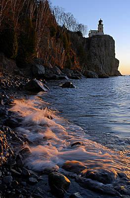 Split Rock Lighthouse At Dawn Print by Larry Ricker