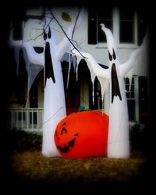 Spooky Time 3 Print by Diane M Dittus
