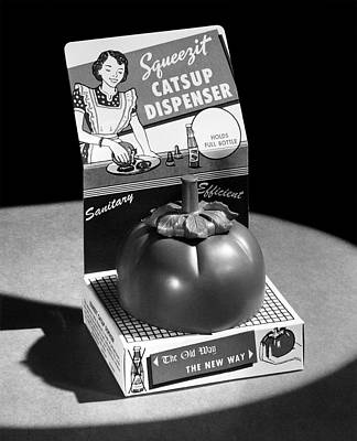 Ketchup Photograph - Squeezit Catsup Dispenser by Underwood Archives
