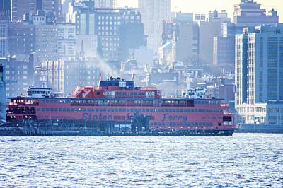 Staten Island Ferry In New York Photograph - Staten Island Ferry Lower Manhattan by William Rogers