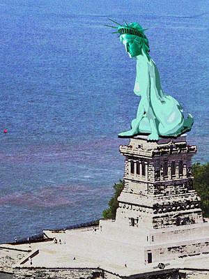Patriotic Painting - Statue Of Liberty Seated Grainy Photo by Tony Rubino