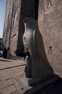 Statue Of The Bird God, Horus Print by Richard Nowitz