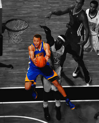 Lebron James Mixed Media - Stephen Curry In Flight by Brian Reaves